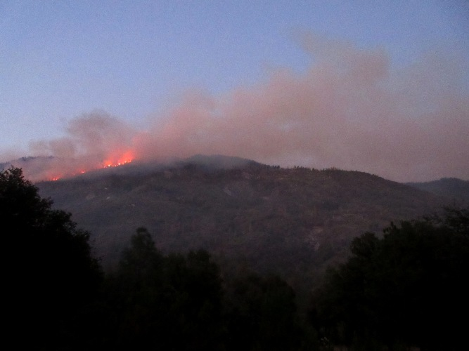 2015-7-28 8pm Smouldering Peckinpah Mountain from the goat shed south end